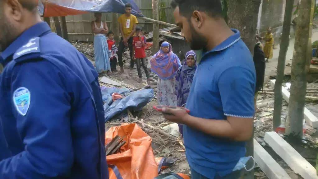 মিরসরাইতে বসত বাড়িতে হামলা করে লুটপাট থানায় অভিযোগ